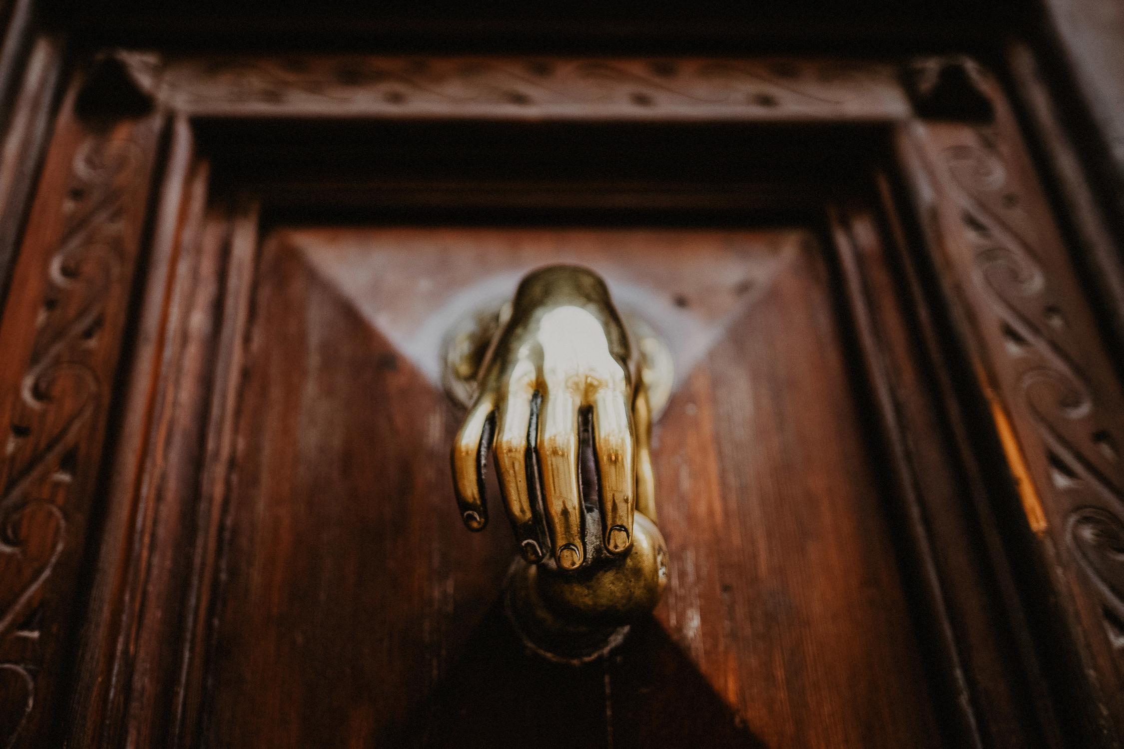lifestyle-serenamorandi-hand