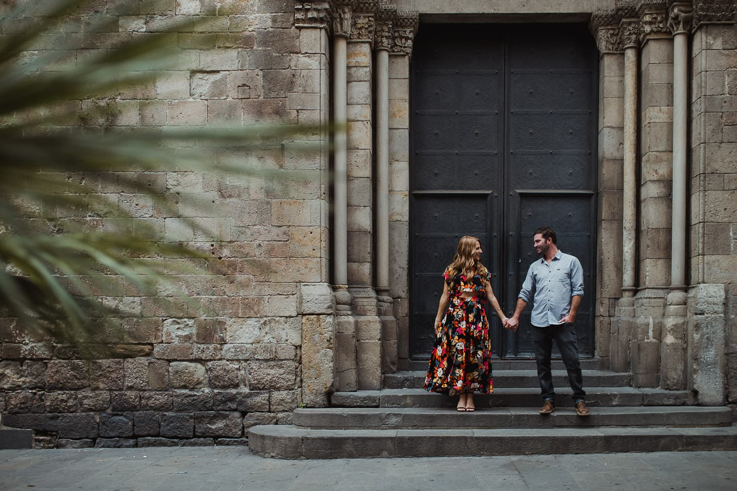 couple photoshoot barcelona